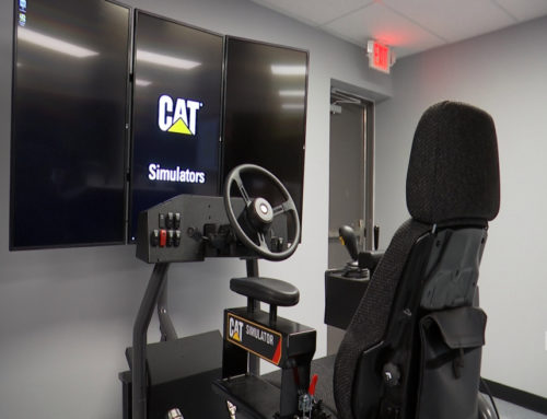 Collins Career Technical Centers voegt Cat® Simulators-training toe